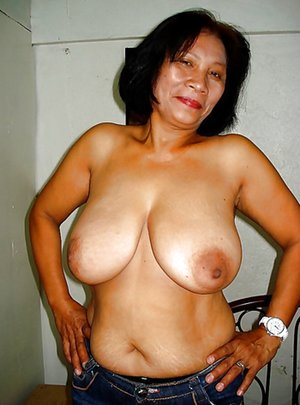Old Tits Asian Porn