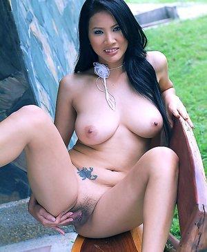 Big Boobs Asian Porn