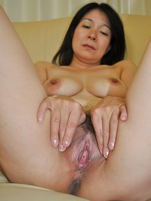 Mature Pussy Asian Porn