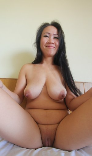 Old Pussy Asian Porn