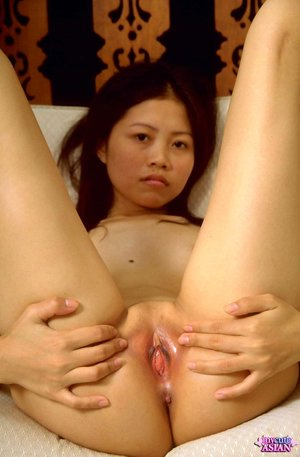 Young Pussy Asian Porn