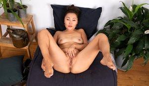 Milf Pussy Asian Porn